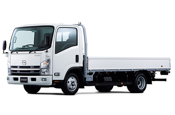 タイタン2tトラック(乗車定員3名)